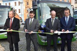Elektrobusy předány, vyrazily do ulic / fotogalerie / 04 - paska