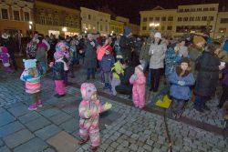 Velká fotoreportáž z vánočních trhů v Hranicích / fotogalerie / Česko zpívá koledy 13.12. 2017 - celorepubliková akce Deníku, foto: Jiří Necid