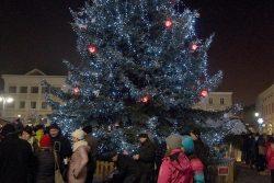Velká fotoreportáž z vánočních trhů v Hranicích / fotogalerie / Rozsvěcení vánočního stromu 1.12. 2017, foto: Jiří Necid