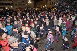 Velká fotoreportáž z vánočních trhů v Hranicích / fotogalerie / Veselé Vánoce 9.12. 2017, foto: Jiří Necid