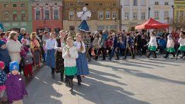 Vítání jara: průvod vynese Mořenu do Bečvy
