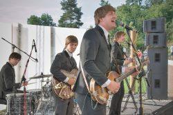 Hranické kulturní léto v Zámecké zahradě / fotogalerie / Hranické kulturní léto - vystoupení The Beatles Revival - Brouci Band, foto: Jiří Necid