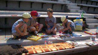 Piknik s knihovnou v Zámecké zahradě