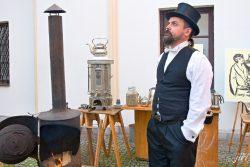 Prvorepubliková kafírna přilákala davy návštěvníků / fotogalerie / Prvorepubliková kafírna v muzeu na Staré radnici (na fotcgrafii Roman Prokeš), foto: Jiří Necid