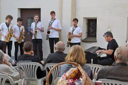 Fotoreportáž z Hranické muzejní noci / fotogalerie / Saxofonisté pod vedením Miroslava Smrčky na Staré radnici, foto: Jiří Necid