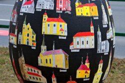 Velikonoční výzdoba zkrášluje centrum Hranic / fotogalerie / Kraslice malovaná Ladislavem Nedělkou z Lipníka nad Bečvou, foto: Jiří Necid